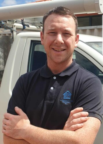 Picture of Enda Dodd, owner of Plumbing & Gas Brothers WA. Pictured with ute.